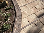 Jak dobrać materiał na ścieżki w ogrodzie? zdj. 4