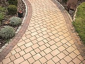 Jak dobrać materiał na ścieżki w ogrodzie? zdj. 3