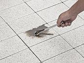 Czy beton w ogrodzie jest odporny na zabrudzenia? zdj. 7
