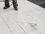 Czy beton w ogrodzie jest odporny na zabrudzenia? zdj. 5