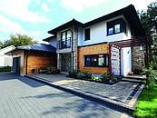 Jak dobrać nawierzchnie wokół posesji do stylu budynku, aby zachować spójność architektoniczną? zdj. 3