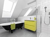 Wnętrza na poddaszu - łazienka zdj. 3