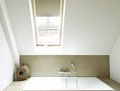 Wnętrza na poddaszu - łazienka zdj. 6