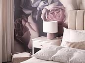 Wnętrza inspirowane znanymi postaciami: Domowa przestrzeń pachnąca różami zdj. 6