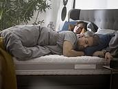 Grupa Hilding Anders - międzynarodowy innowator w produkcji łóżek i materacy radzi jak dobrać materac i akcesoria do spaniazdj.3