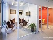 Szklane biurowce nie opustoszeją  – 70% pracowników chce powrotu do pracy w biurze zdj. 3